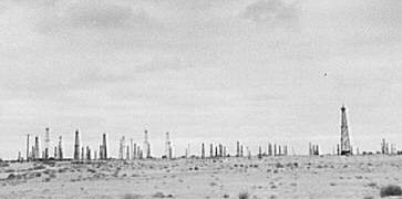 Oil field in California, 1938