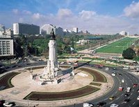 Marquis of Pombal Square is the intersection of some of Lisbon's main avenues. Parque Eduardo VII in the background