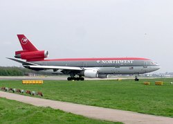 Northwest Airlines DC-10
